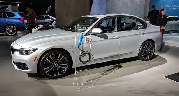 Auto_Show_Vehicle